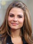 Maria Menounos on the Set of Extra