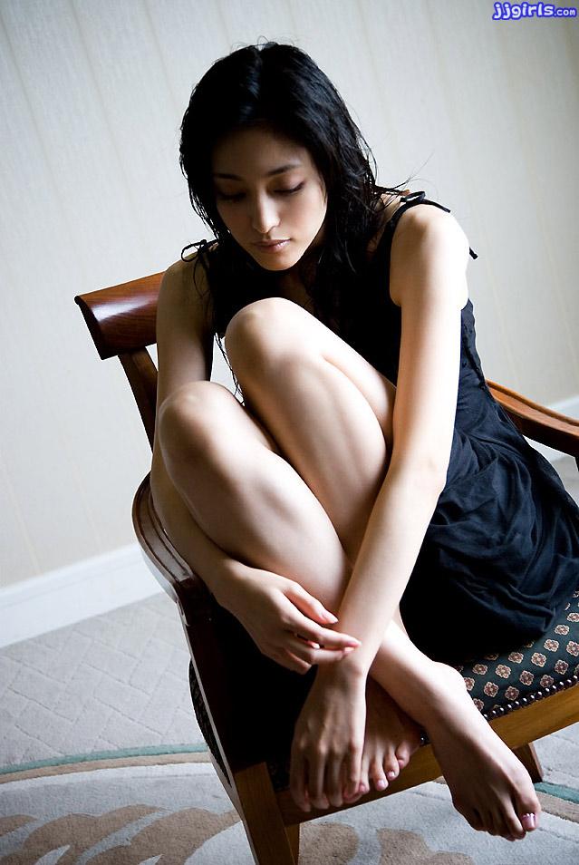 tomoko-aoyama-12