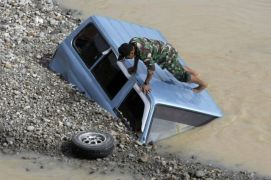 Indonesian quake death toll rises to 30
