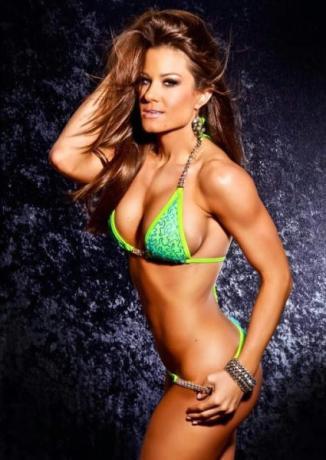 Brooke Tessmacher5
