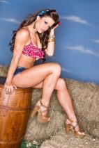 Brooke Tessmacher7