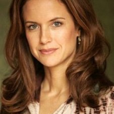 Kelly-Preston5