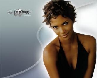 Halle Berry8