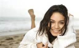 Vanessa Hudgens3