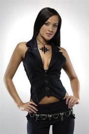 Crystal Lowe2