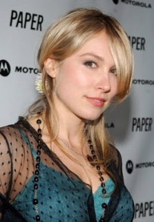 Sarah Carter3