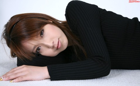 emi-shimizu-4 (2)