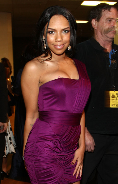 Kiely Williams1