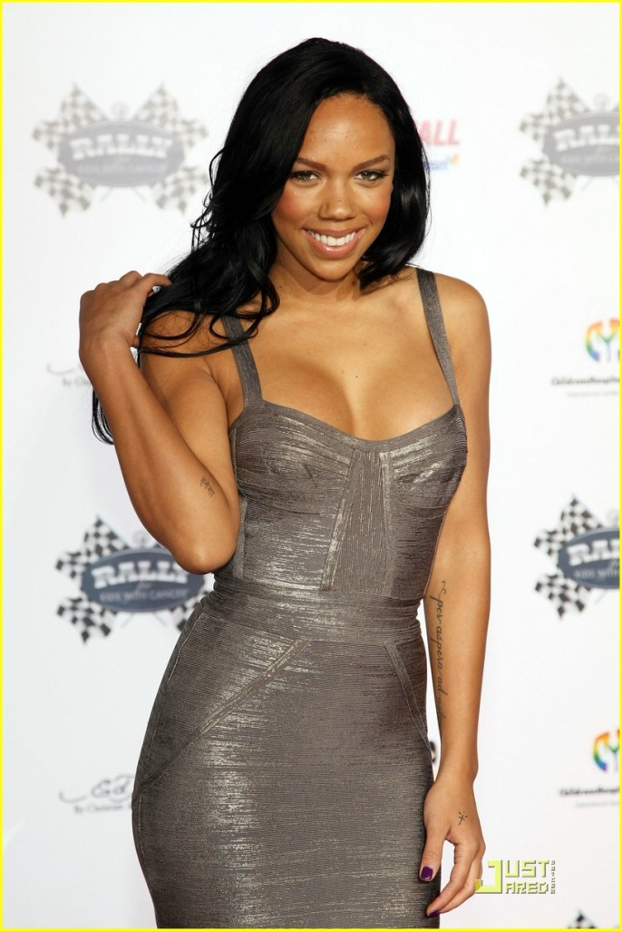 Kiely Williams3