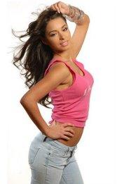 Jessica Caban4