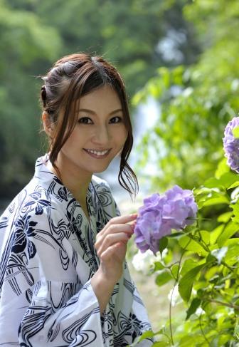 yui-tatsumi-2 (2)