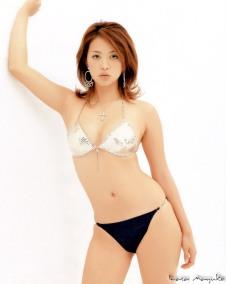 mayuko-iwasa-12