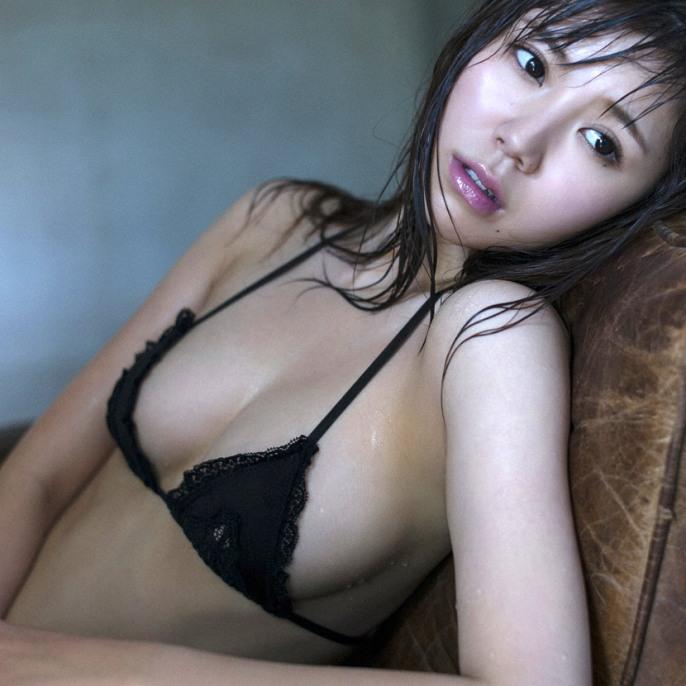 shiori-kaneko-1