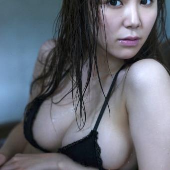 shiori-kaneko-12
