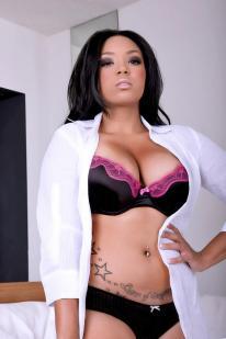 Tia Nicole3