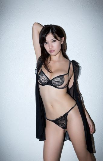 shoko-takasaki-1