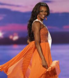 Miss Colorado Talyah Polee competes in the evening gown competition during the preliminary round of the 2015 Miss USA Pageant in Baton Rouge, La., Wednesday, July 8, 2015. (ANSA/AP Photo/Gerald Herbert)