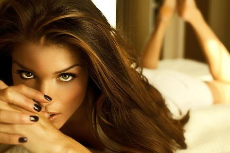 Marie Avgeropoulos 5