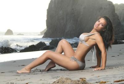 Bella Gonzalez3